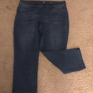 New Directions Cropped jeans